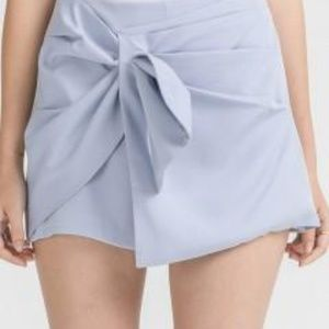 Knot Side Shorts